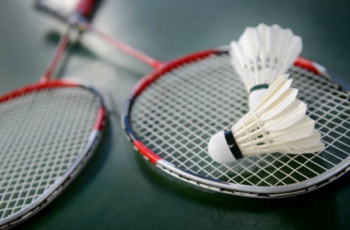 Best Budget Badminton Racket Under 50